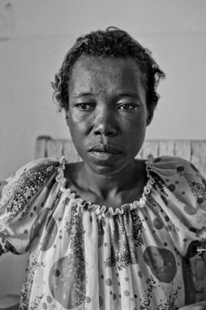 Une usagère dans le centre d'accueil. District de Temeke, Dar es-Salaam.