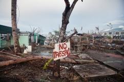 PHILIPPINES. Tacloban. Décembre 2013. La ville de Tacloban après le passage du typhon Haiyan. THE PHILIPPINES. Tacloban. December 2013. Tacloban city, in the aftermath of typhoon Haiyan.
